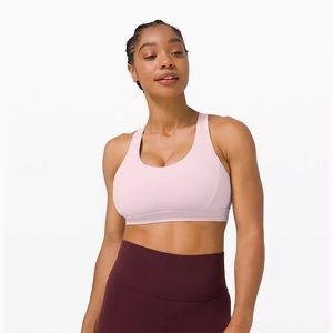 Lululemon Free to be elevated sports bra